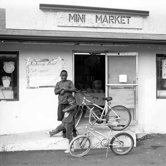 http://www.davidsimonton.com/files/gimgs/68_david-simonton-mebane-north-carolina-september-1997.jpg